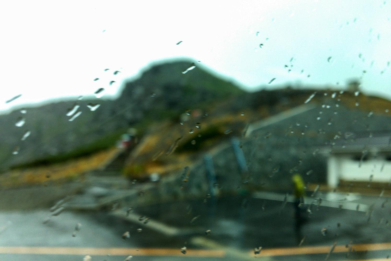 乗鞍岳から下山して畳平でお昼休憩。ハンバーグカレーうまし。